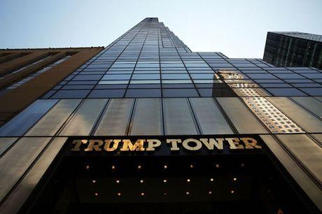 Ben trong dinh thu 100 trieu USD cua Donald Trump o New York - Anh 1