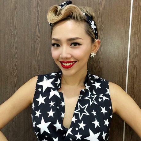 Toc Tien xuat hien cung mai toc doc la tren san khau concert Noo Phuoc Thinh - Anh 12