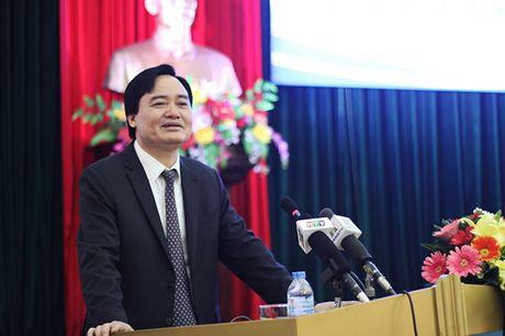 42 giao vien cong tac tai dao chia se tam tu voi Bo truong Phung Xuan Nha - Anh 4