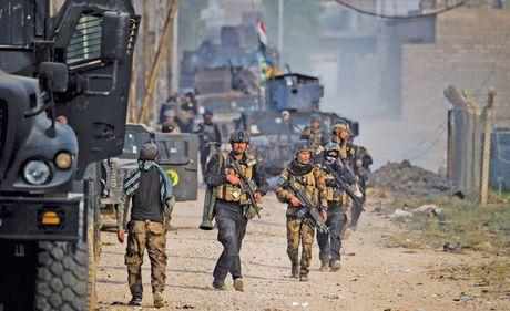 Quan doi Iraq thoc sau vao Mosul - Anh 1