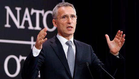 Tong thu ky NATO canh bao My va EU khong nen chia re - Anh 1