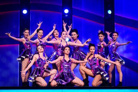 Quan quan Vietnam's Got Talent thi Thu thach cung buoc nhay - Anh 11