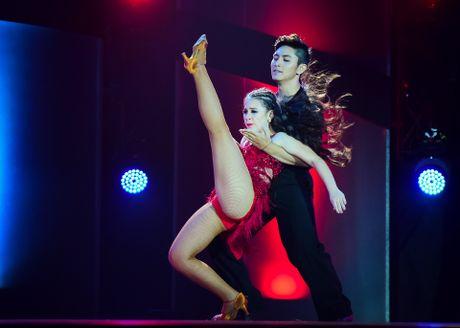 Quan quan Vietnam's Got Talent thi Thu thach cung buoc nhay - Anh 5
