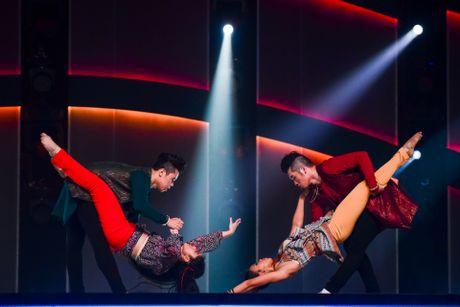 Quan quan Vietnam's Got Talent thi Thu thach cung buoc nhay - Anh 7