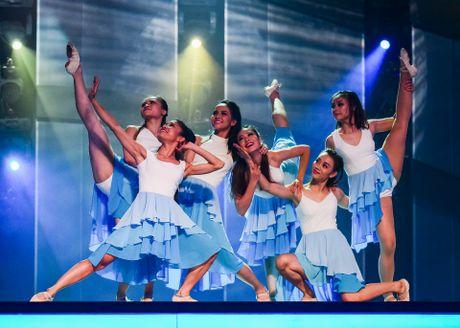 Quan quan Vietnam's Got Talent thi Thu thach cung buoc nhay - Anh 8