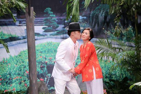 Scandal tinh ai cua Ha Ho hai huoc tren san khau On gioi - Anh 5
