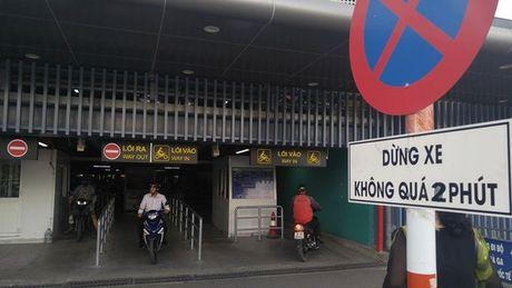 Nha de xe '5 sao' o san bay Tan Son Nhat - Anh 11