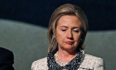 That cu, ba Clinton do loi cho Giam doc FBI - Anh 1