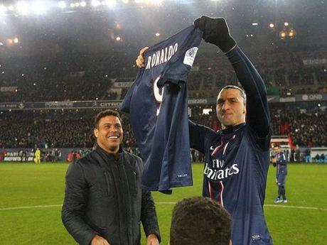 Ibrahimovic van xem Ronaldo 'beo' la than tuong, cau thu 'doc nhat vo nhi' - Anh 1