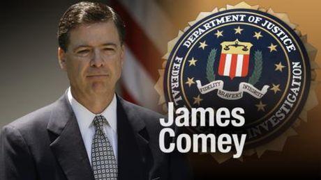 NONG! Ba Hillary Clinton bi that cu do su can thiep cua Giam doc FBI! - Anh 1