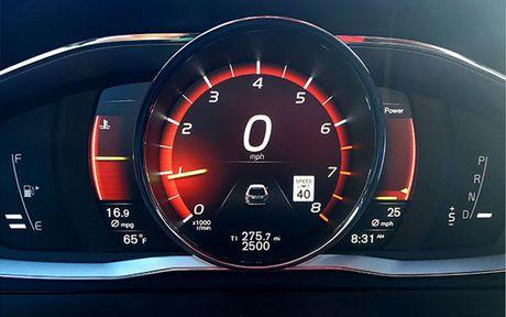 Man nhan voi xe sang Volvo XC60 2017 - Anh 5