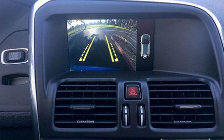 Man nhan voi xe sang Volvo XC60 2017 - Anh 6