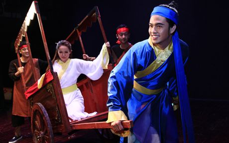 Nha hat Kich Viet Nam khoac ao moi cho 'Truyen Kieu' - Anh 1