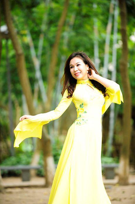 Sao Mai Thu Ha lam MV ve nguoi giao vien nganh nghe thuat - Anh 1