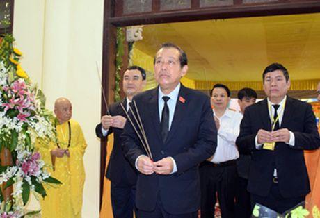 Pho Thu tuong Truong Hoa Binh vieng co Hoa thuong Thich Chon Thien - Anh 1
