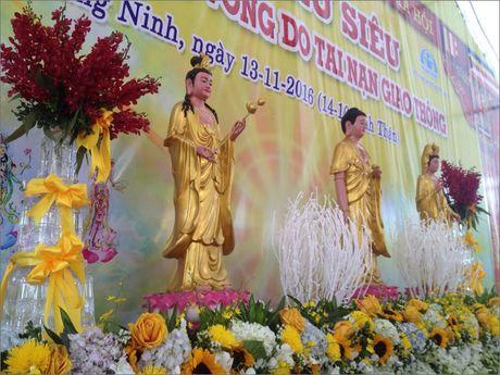 Hinh anh Dai le cau sieu cho nan nhan tu vong vi tai nan giao thong - Anh 1