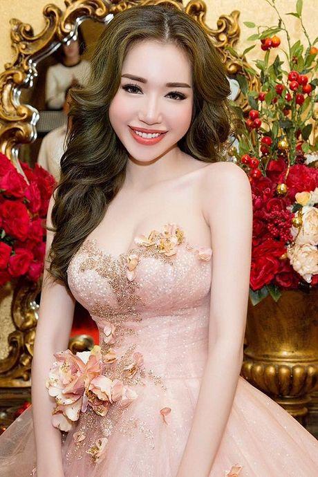 My nhan Viet nao dung dau viec 'xai chieu' tao bao tren tham do? - Anh 1