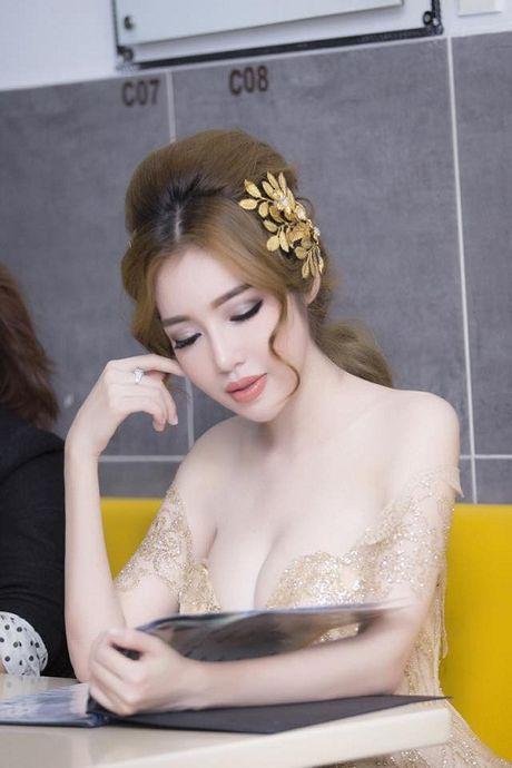 My nhan Viet nao dung dau viec 'xai chieu' tao bao tren tham do? - Anh 3