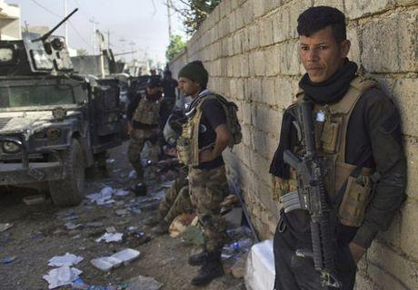 Dac nhiem Iraq danh IS trong thanh pho Mosul - Anh 6
