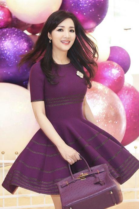 Soi hang hieu dang mo uoc cua hoa hau Den Hung Giang My - Anh 12
