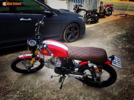 'Xe no' Honda 67 do Scrambler ca tinh tai Sai Gon - Anh 5