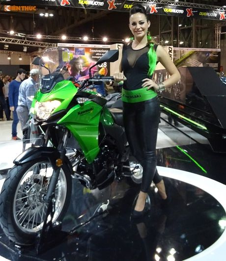 Kawasaki Versys-X 300 gia re sap ve Viet Nam co gi? - Anh 1