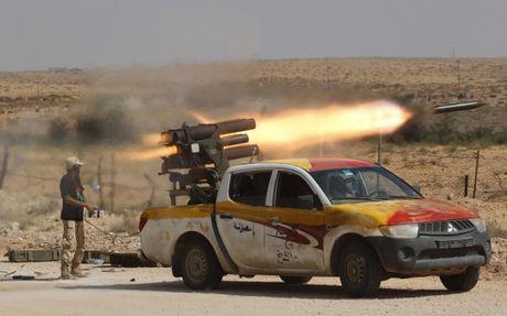 Bat ngo: Nga tung o to UAZ Patriot gan sung sang Syria - Anh 5