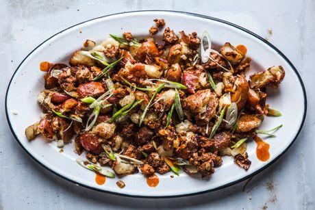 Cach lam mon salad khoai tay ngon, la mieng - Anh 2