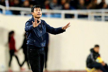 HLV Huu Thang duoc ngoi ca vi fair-play - Anh 1