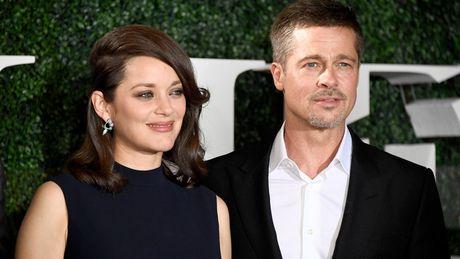 Marion Cotillard: Brad Pitt la mot nguoi dan ong tot - Anh 1