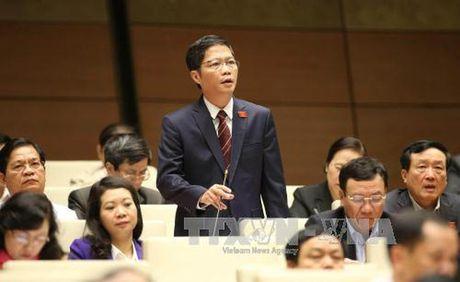 "Chat van Bo truong Bo Cong Thuong: ""Nong"" bien tuong kinh doanh da cap? - Anh 1"