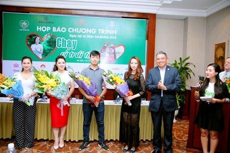 "8.000 nguoi cung ""Chay vi trai tim"" tai Ha Noi - Anh 3"
