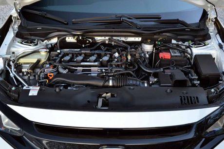 Honda Civic Sedan va ban hatchback khac nhau diem gi? - Anh 3