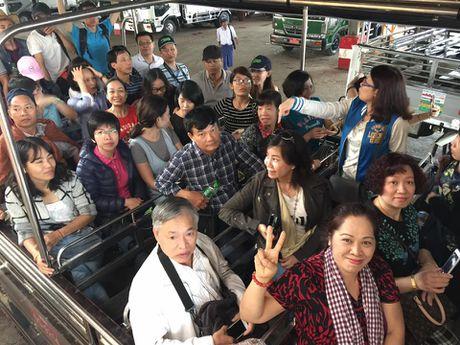 Kham pha Chua Golden Rock tren dinh Kyaikhtiyo - Myanmar - Anh 3
