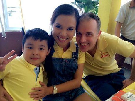 Nhung my nhan Viet 'kem sac' nhung van lay duoc chong Tay dai gia - Anh 3