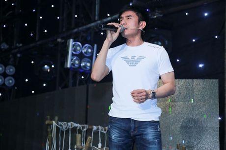 Cam Ly, Dan Truong cang thang tap luyen cho hoc tro sau 'song gio' - Anh 3