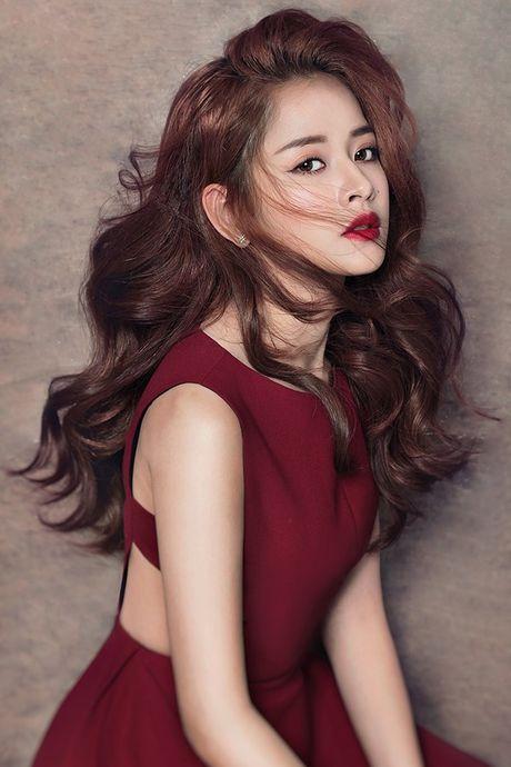 Chi Pu sang Han Quoc du le trao giai cung EXO - Anh 2