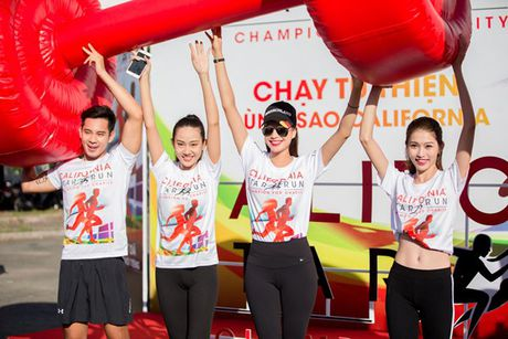 Pham Huong, Khanh My chay bo 5 km duoi nang gat o Can Tho - Anh 7