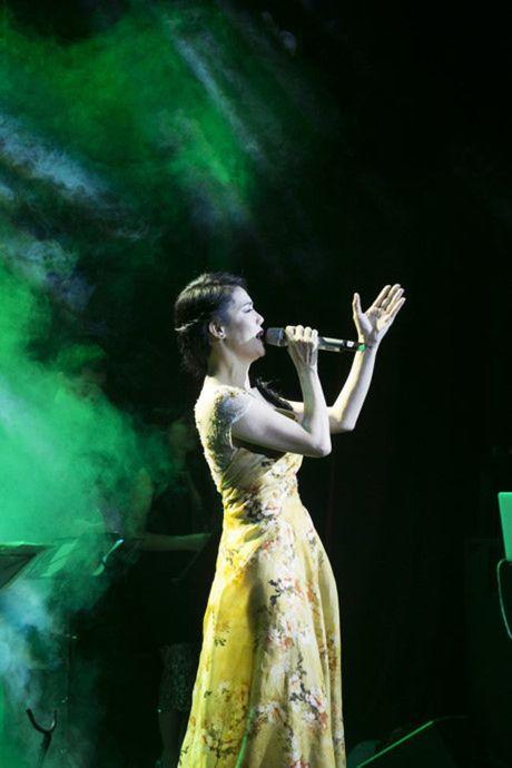 Thu Phuong co ly do de khoc - Anh 1