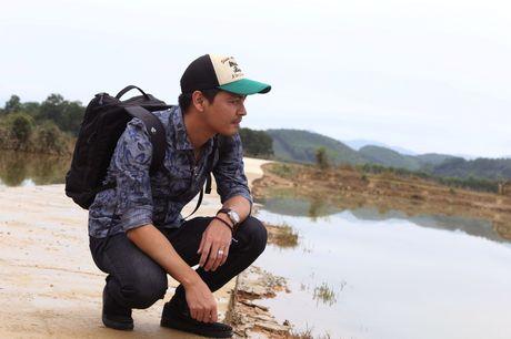 MC Phan Anh muon xay be boi di dong o vung 'ron' lu - Anh 3