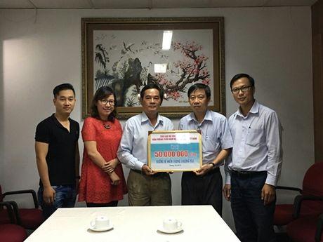Hoi Xuat ban phia Nam giup do hon 100 trieu cho dong bao mien Trung - Anh 2
