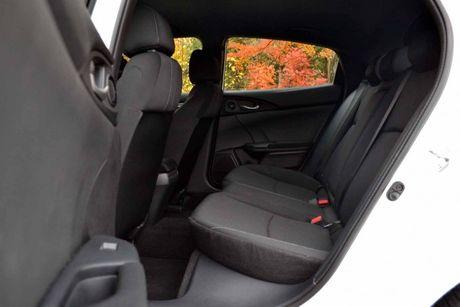 5 diem khac giua Honda Civic sedan va hatchback - Anh 3
