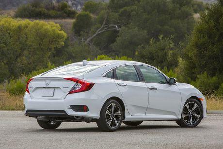 5 diem khac giua Honda Civic sedan va hatchback - Anh 5