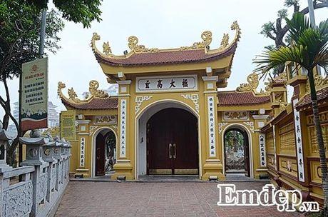 Ngay Ram ghe tham mot trong nhung ngoi chua dep nhat the gioi tai Viet Nam - Anh 2