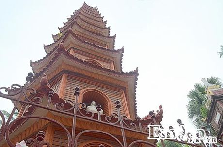 Ngay Ram ghe tham mot trong nhung ngoi chua dep nhat the gioi tai Viet Nam - Anh 8