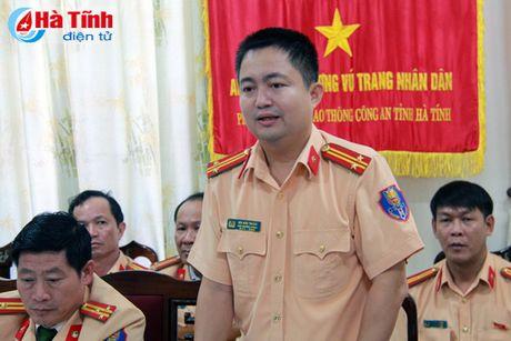 Xu ly nghiem cac vi pham ATGT, nhat la trong dip Tet Nguyen dan - Anh 3