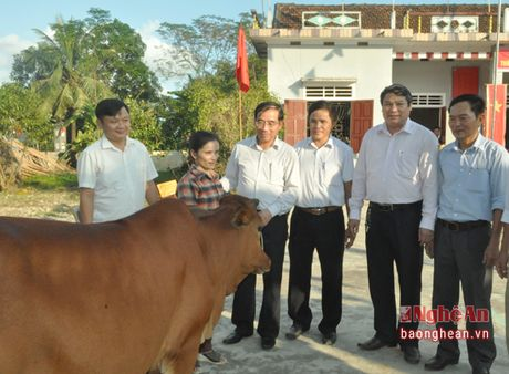 Pho Chu tich HDND tinh Hoang Viet Duong du ngay hoi dai doan ket tai Do Luong - Anh 7