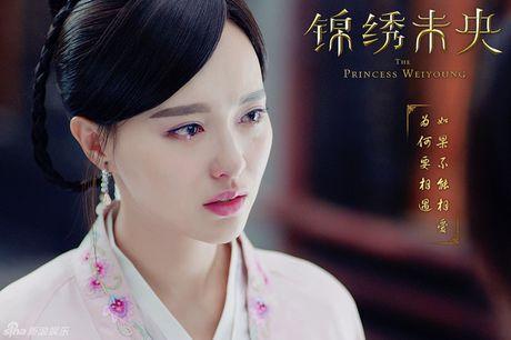 Duong Yen dien xuat tien bo, 'Cam Tu Vi Uong' gay tranh cai nhung van thu ve rating 'khung' - Anh 8