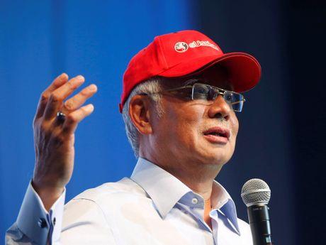 Malaysia: Lanh dao doi lap lanh 18 thang tu vi tiet lo bi mat vu 1MDB - Anh 2