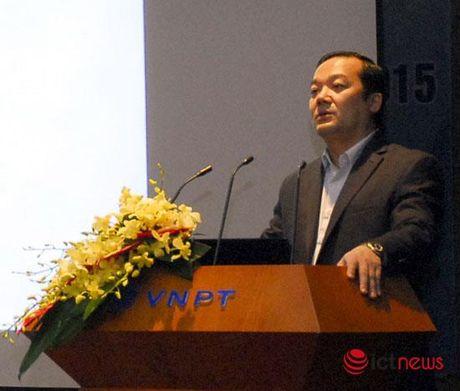 Loi nhuan VNPT tang gap doi sau 2 nam tai co cau - Anh 2
